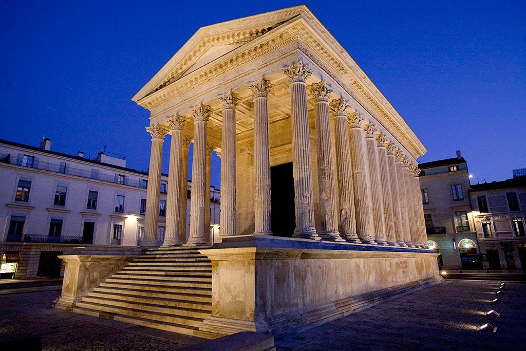 Arène de Nîmes - Maison Carrée - Tour Magne - Gard